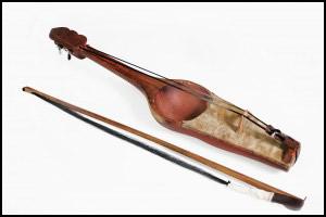 Музыкальные инструменты Кыргызского народа Музыкальный фольклор  Кыл кыяк кыяк струнный инструмент со смычком Музыкальный фольклор Кыргызстана